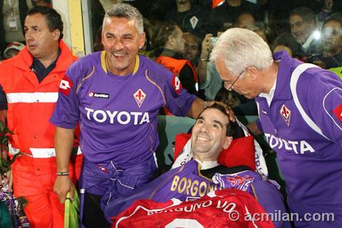 L'ex calciatore Borgonovo malato di Sla con Roberto Baggio a Firenze
